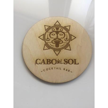 Ξύλινο σουβέρ 9Φ με χαραγμένο το λογότυπο σας